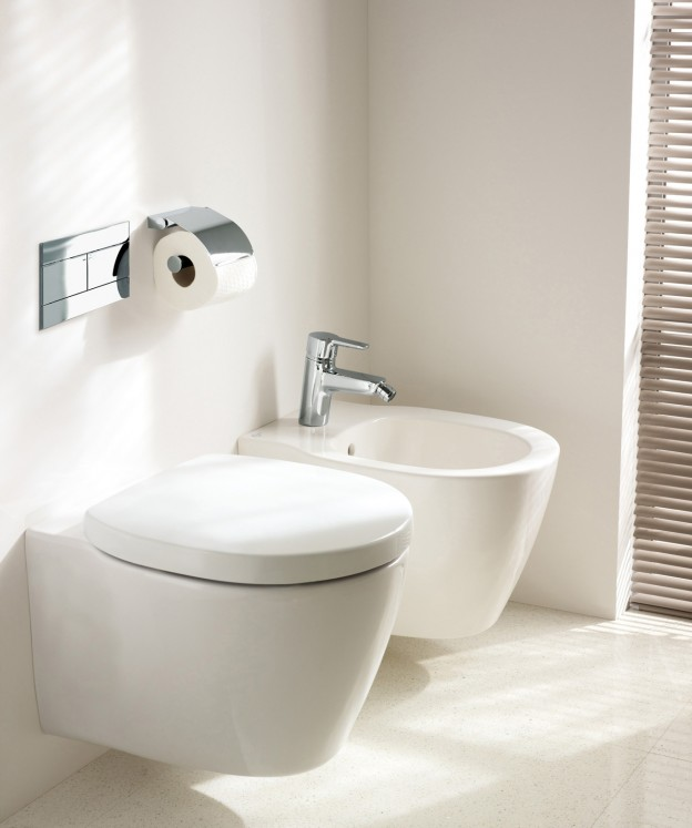 salvaspazio per il bagno water e bidet piccoli. Black Bedroom Furniture Sets. Home Design Ideas